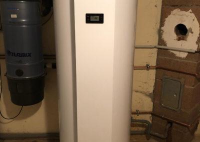 Pompe à chaleur air eau VIESSMANN VITOCAL 200-S avec préparateur d'eau chaude sanitaire thermodynamique VITOCAL 060-A à REIPERTSWILLER (8) (1)
